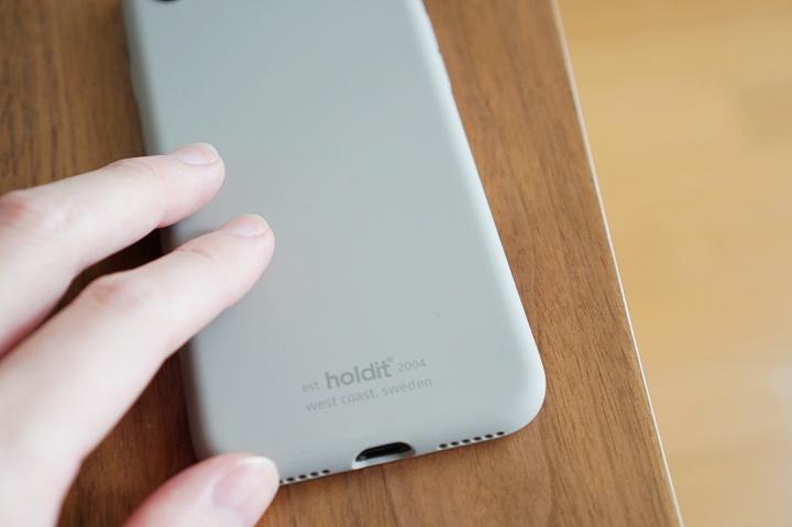 holdit(ホールディット)の新型iPhoneSE & AirPods Proケースカバー