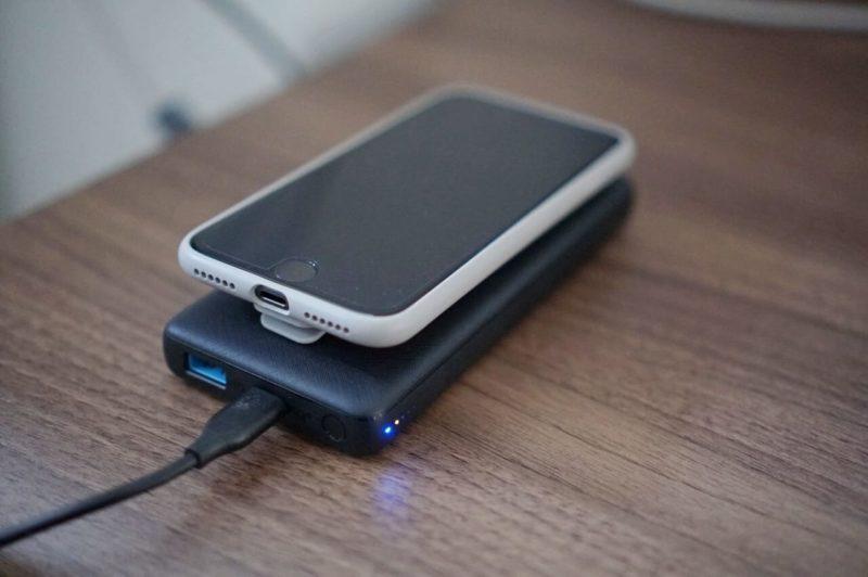 ANKER(アンカー)のワイヤレス充電対応モバイルバッテリーPowerCore III 10000 Wireless
